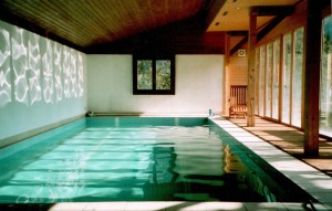 Private 30ft heated indoor pool